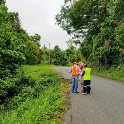 TSSP inspection of the Sepik Highway.